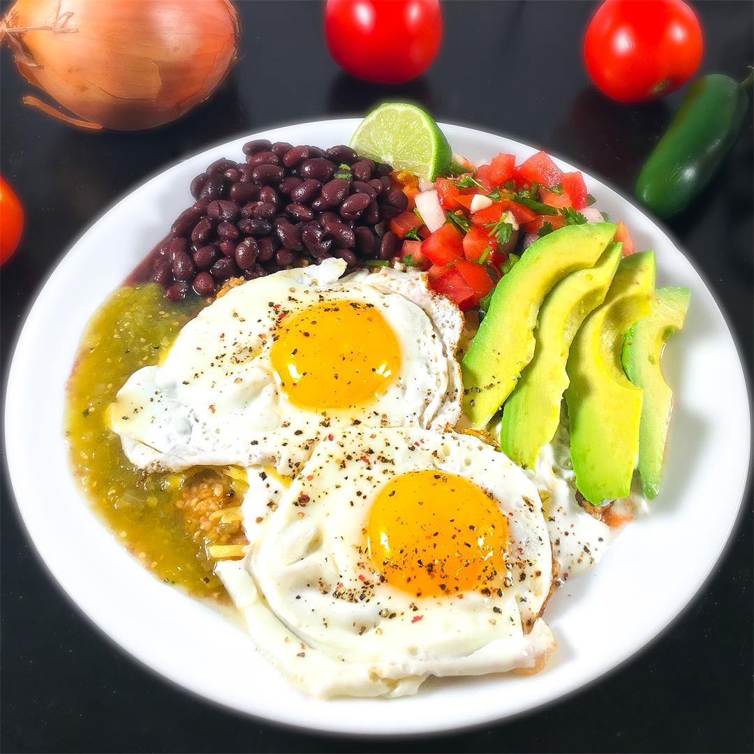 Savory Oatmeal Breakfast: Huevos Rancheros with Avocado