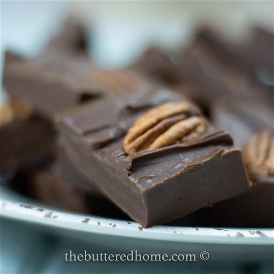Easy Microwave Fudge — The Buttered Home