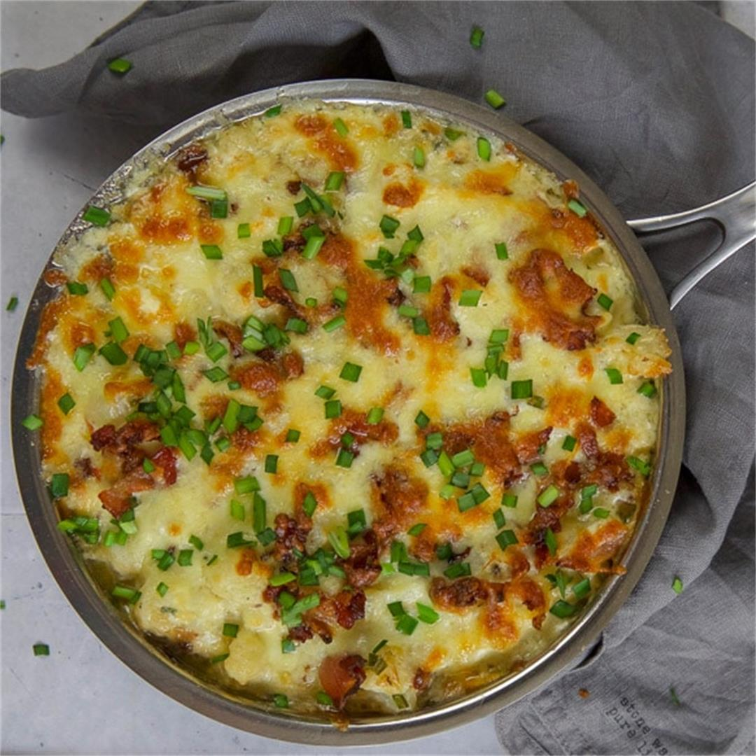 The very BEST Keto Cauliflower Mac and Cheese with Ranch.