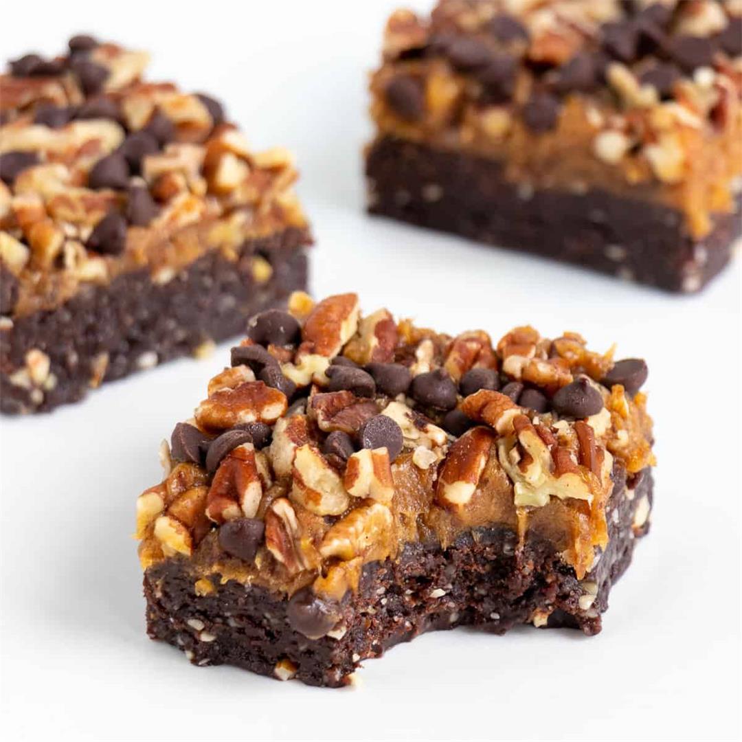No Bake Turtle Brownies (Vegan, Gluten-Free)