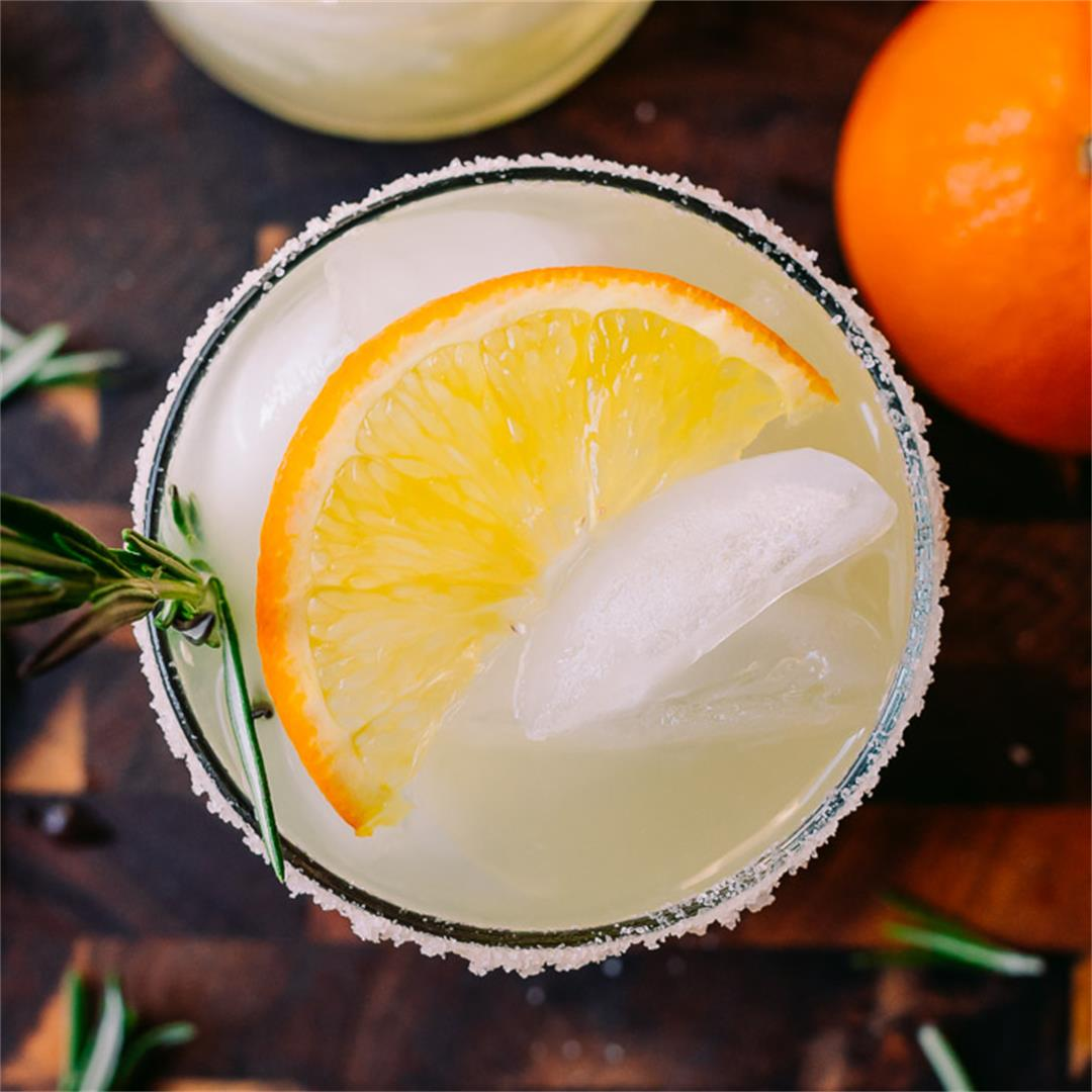 Low Carb Rosemary Margarita