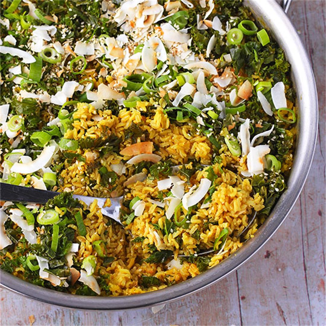 One-pot turmeric coconut rice with kale