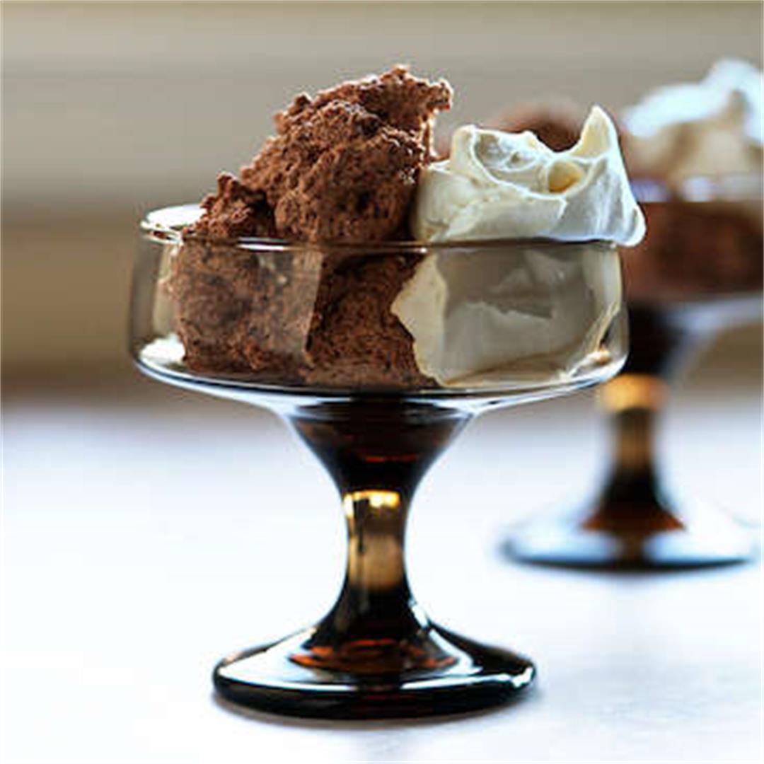 4-Ingredient Dark Chocolate Mousse