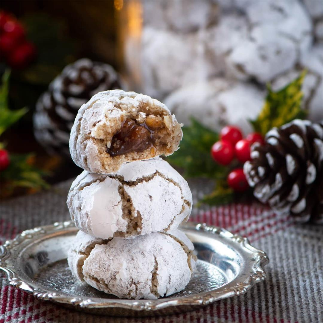 Christmas Amaretti Biscuits