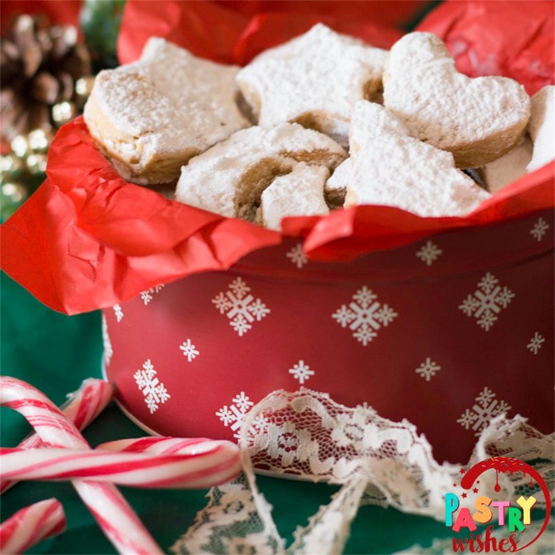 Kourabiedes Greek Butter Cookies (Easy! + tips & variations) -