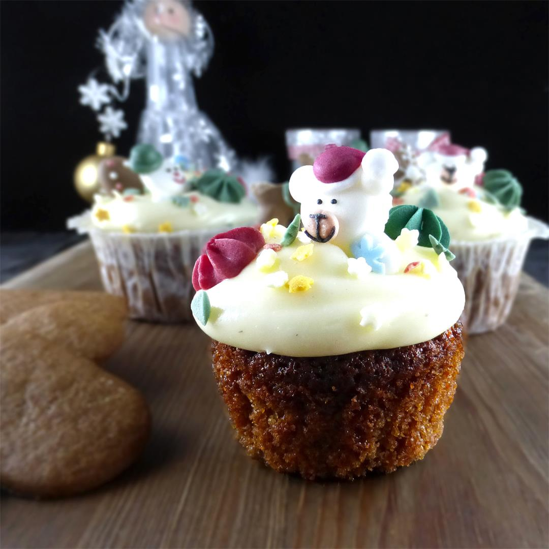 Gingerbread Spelt Cupcakes with Vanilla Cream Cheese Frosting