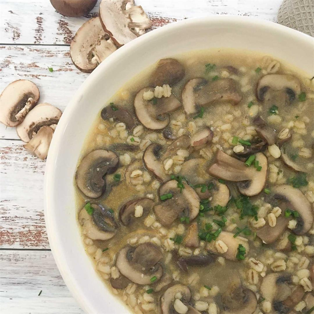 Easy Mushroom Barley Soup