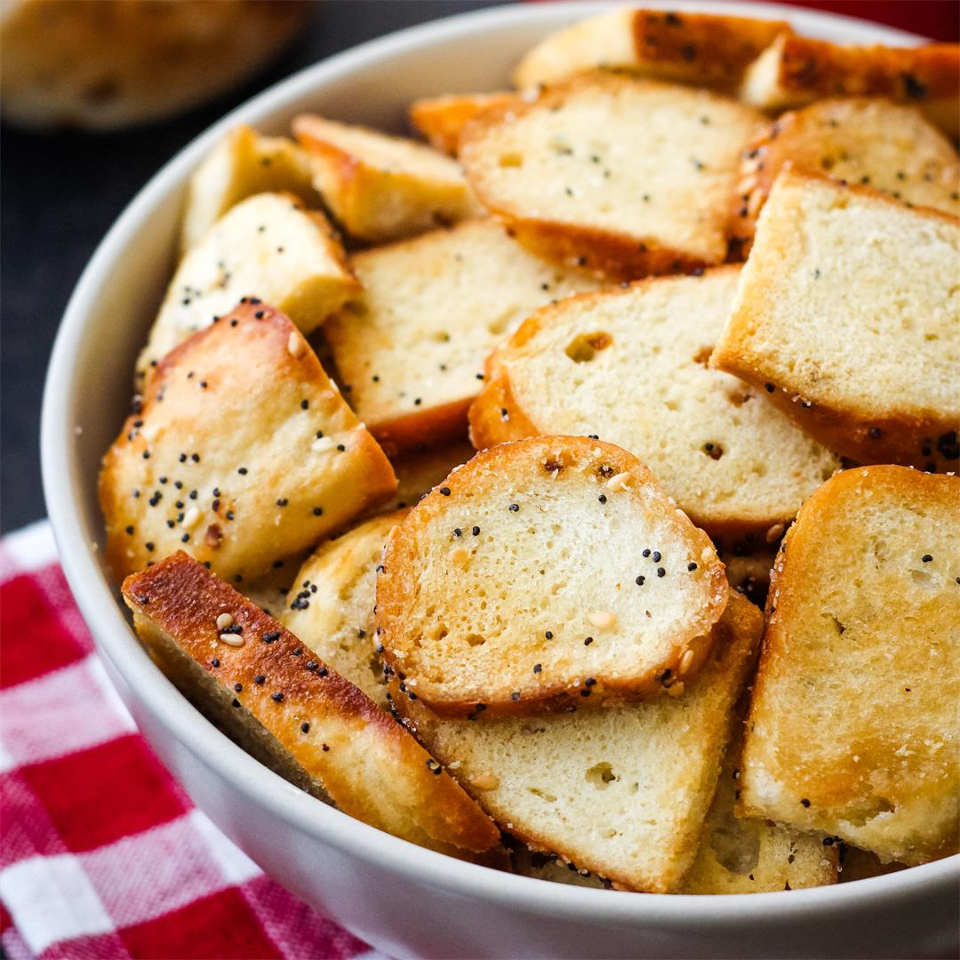Toaster Oven Bagel Chips (Convection and Air-Fryer Directions)