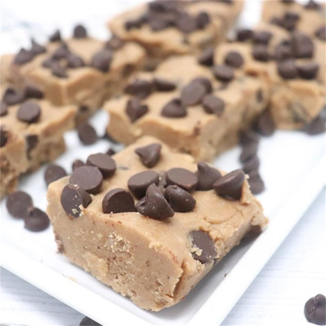 No-Bake Chocolate Chip Cookie Bars