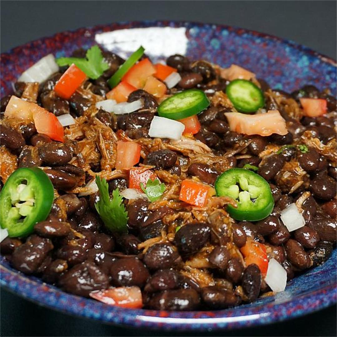 Instant Pot Black Bean and Barbacoa Beef Chili