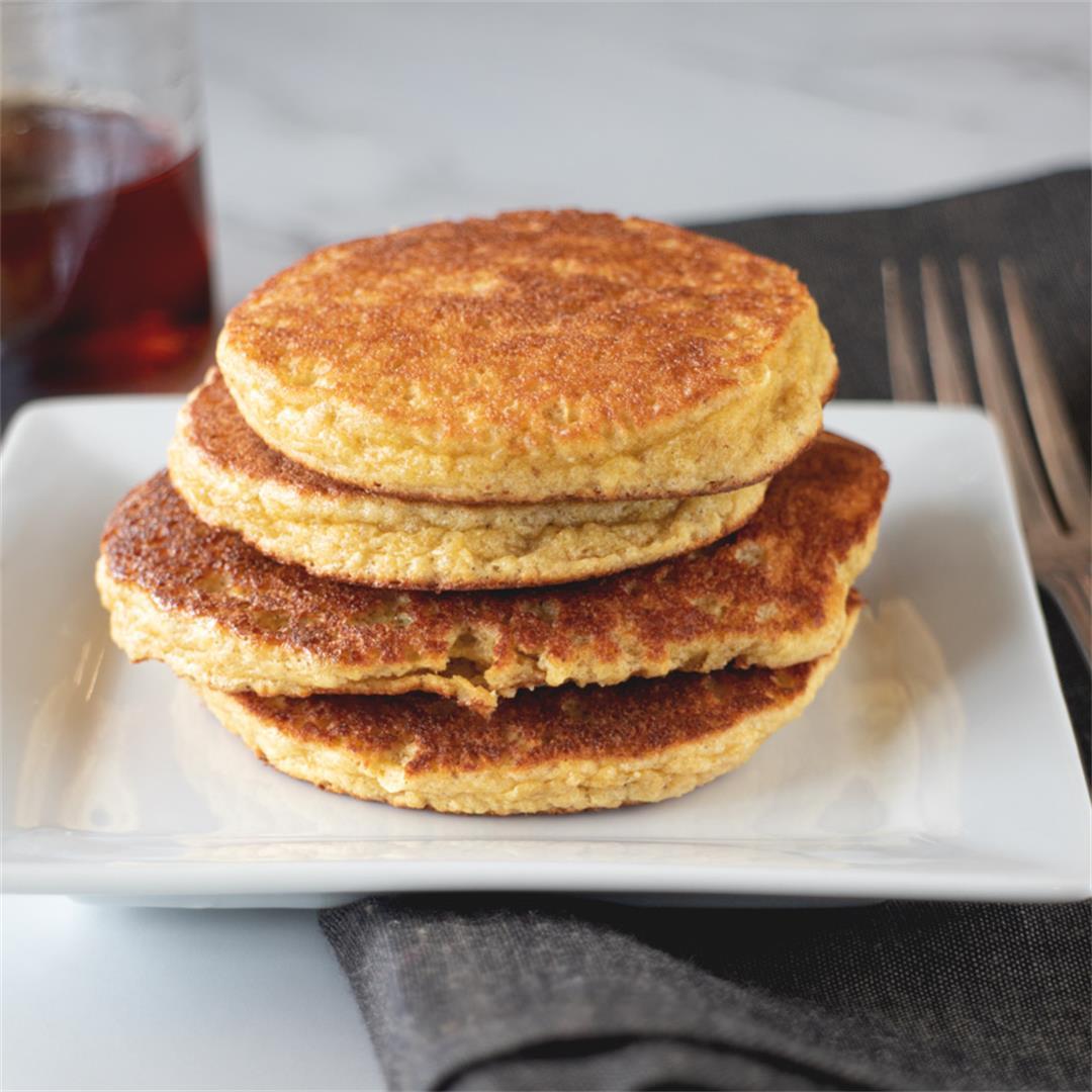 Banana Bread Pancakes (paleo, gluten-free)
