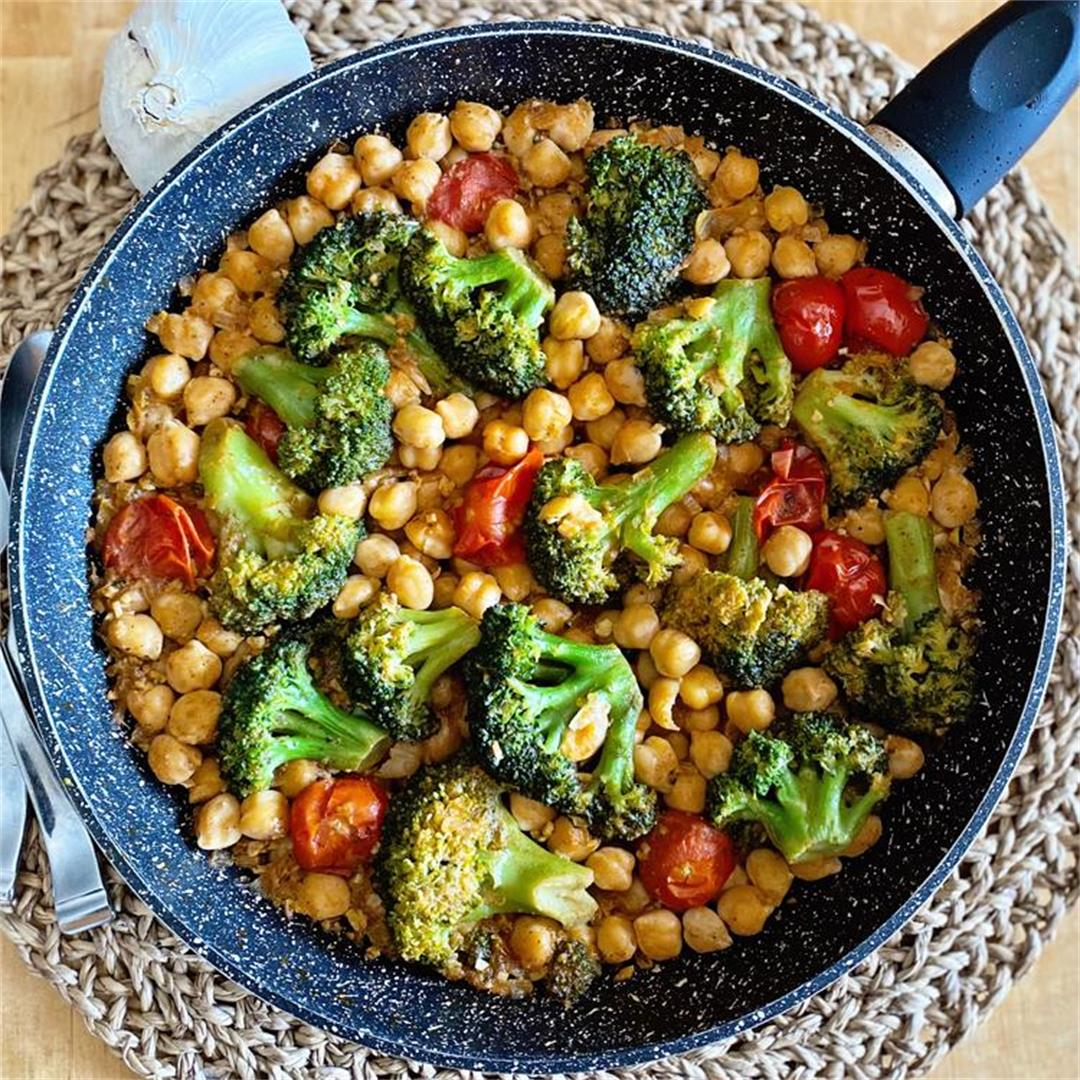 Chickpea and Broccoli Skillet