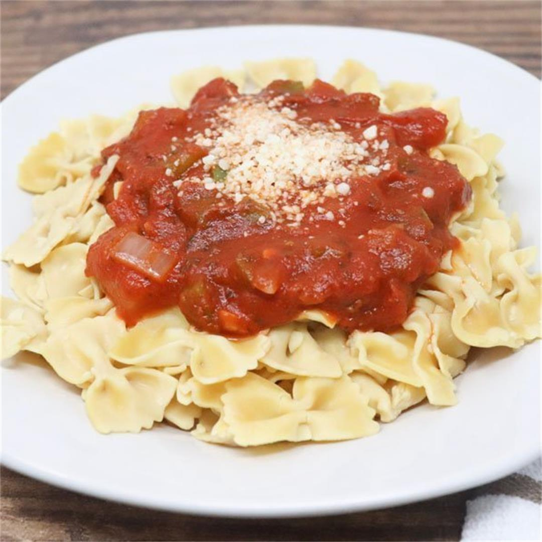 Gluten-Free Pasta With Spicy Marinara Sauce
