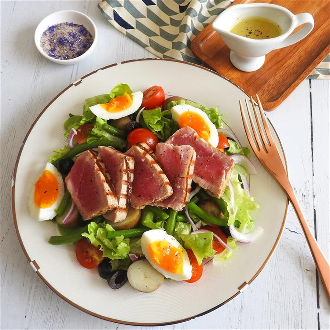 Seared Tuna Salad Niçoise