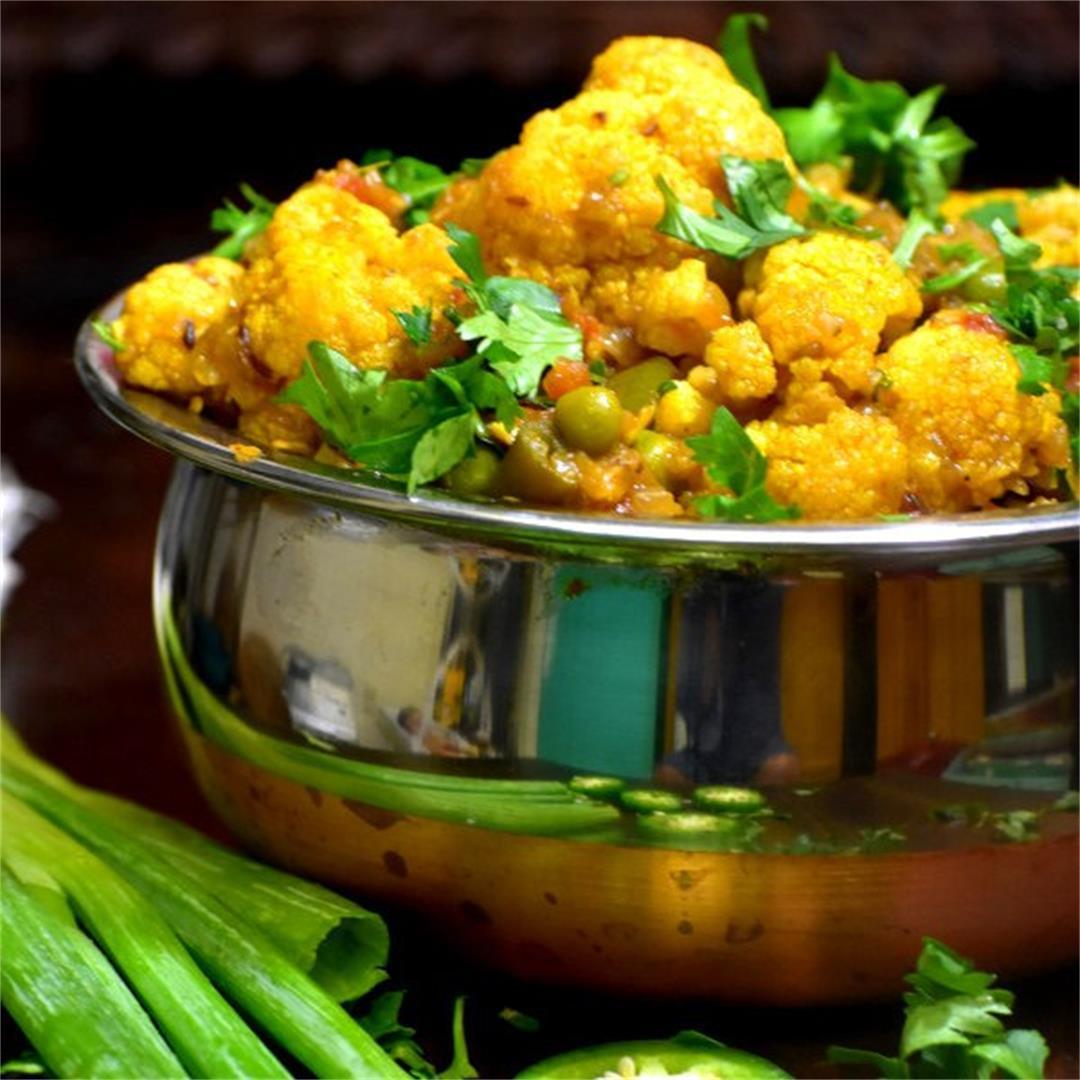 Cauliflower Peas Masala (Gobi Matar) (Gobi Matar)