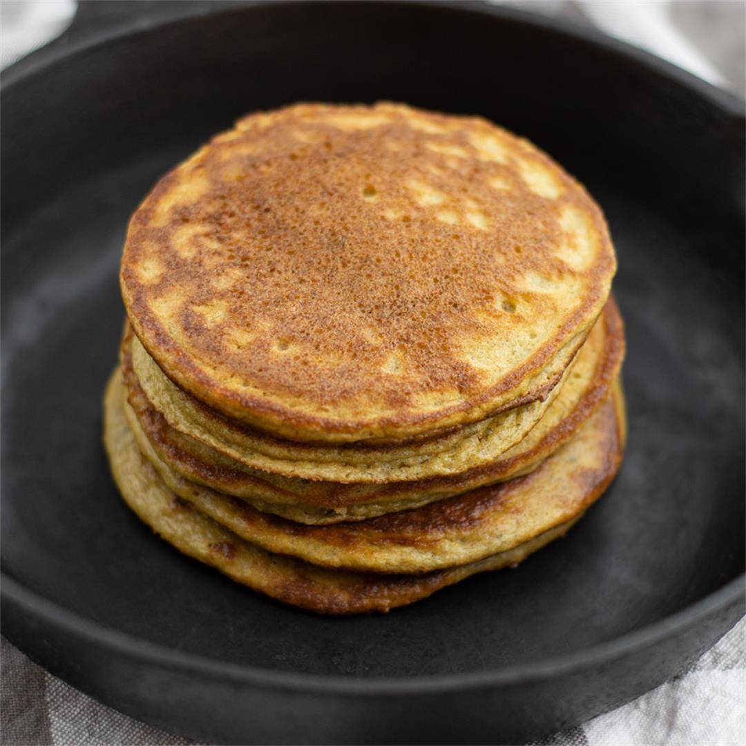Healthy Almond Flour Pancakes (paleo, gluten-free)