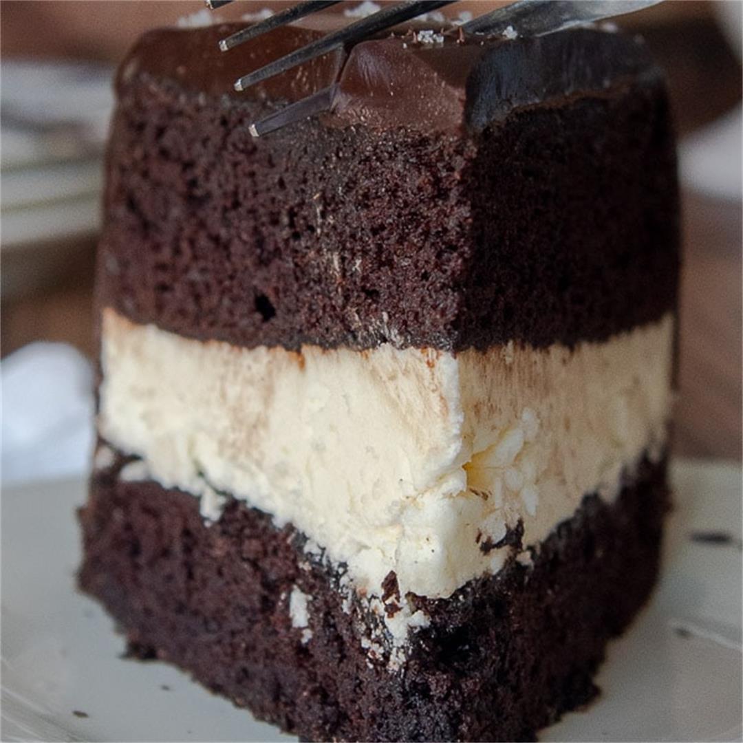 Hostess Copycat Ding Dong Cake