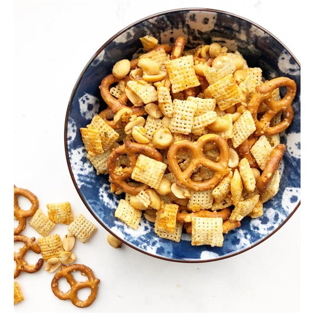 Buffalo Ranch Chex Mix Snacks