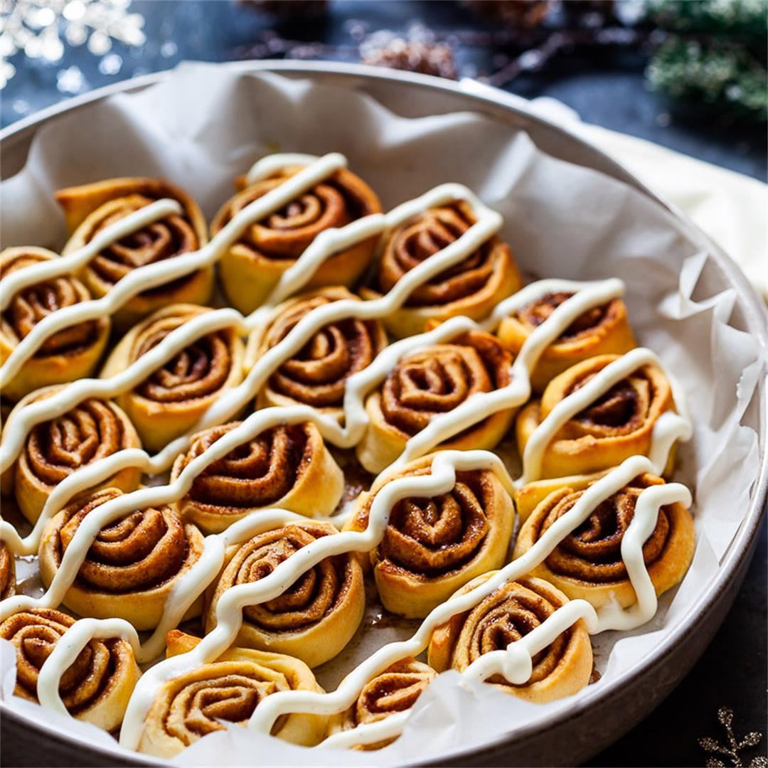Vegan Pizza Dough Cinnamon Rolls