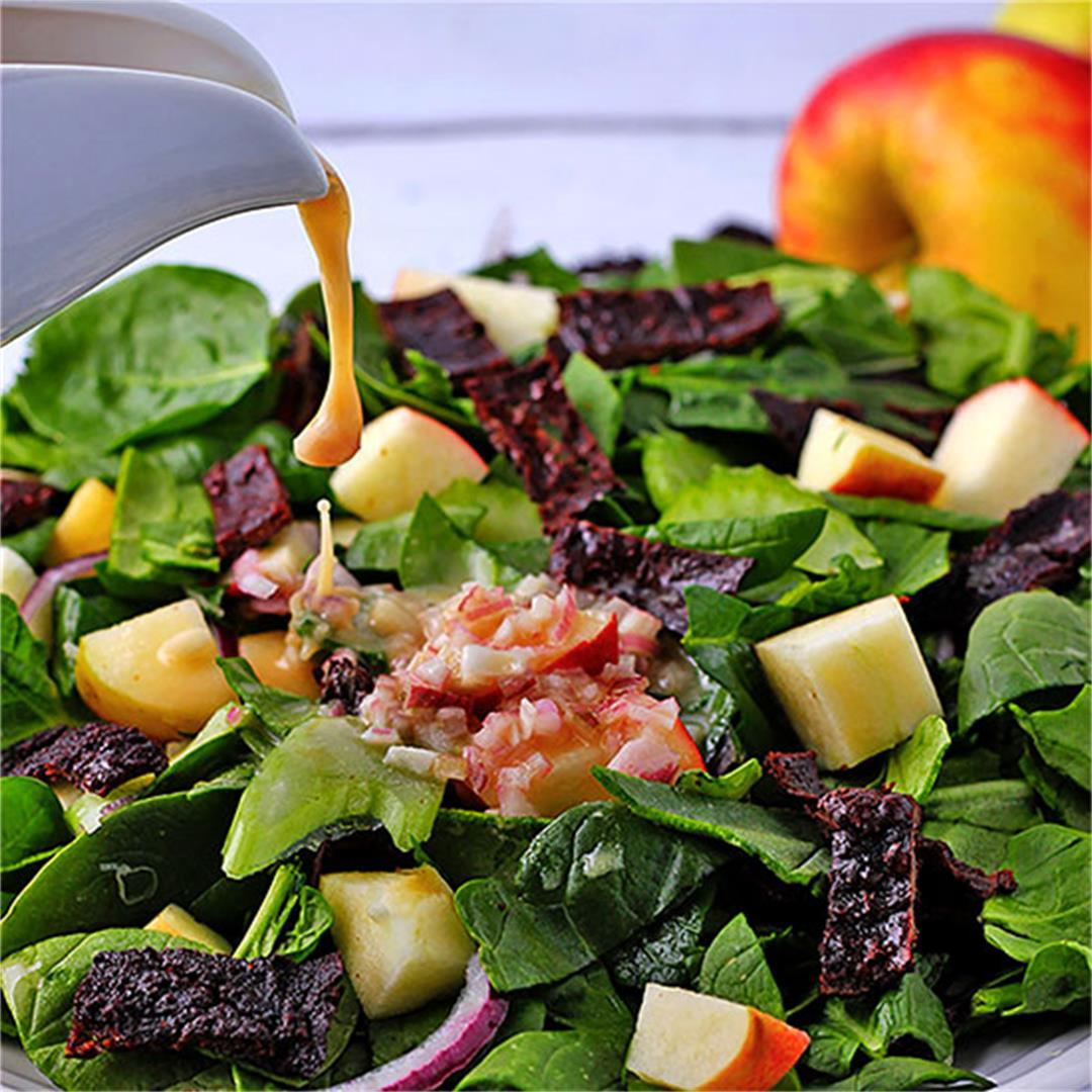 Spinach apple salad with plant-based bacon