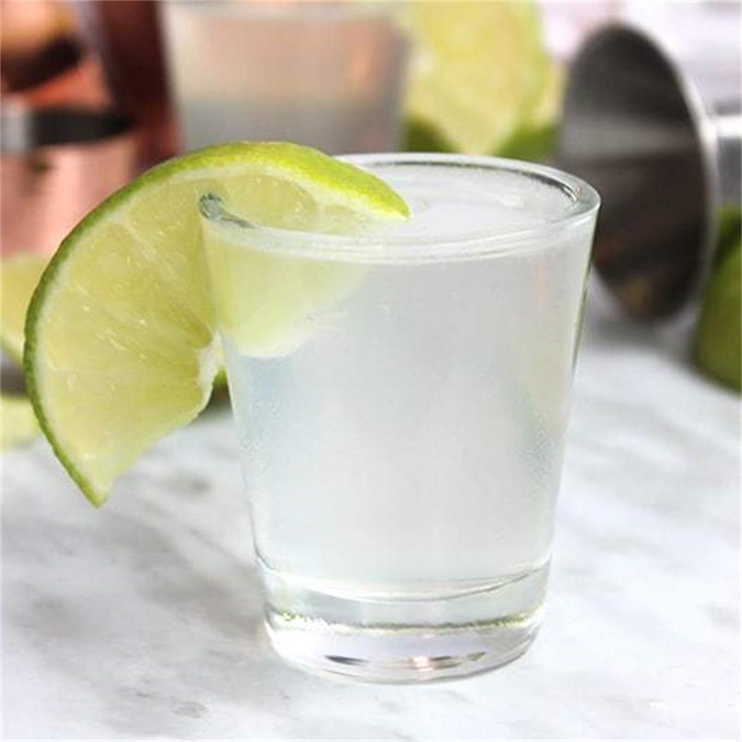 Gin Shots With Lime