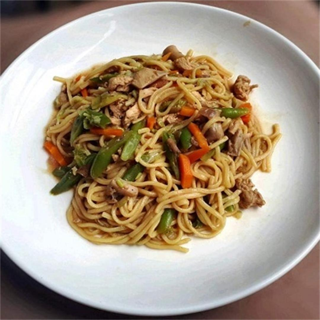 A delicious Chicken Pancit Canton Recipe