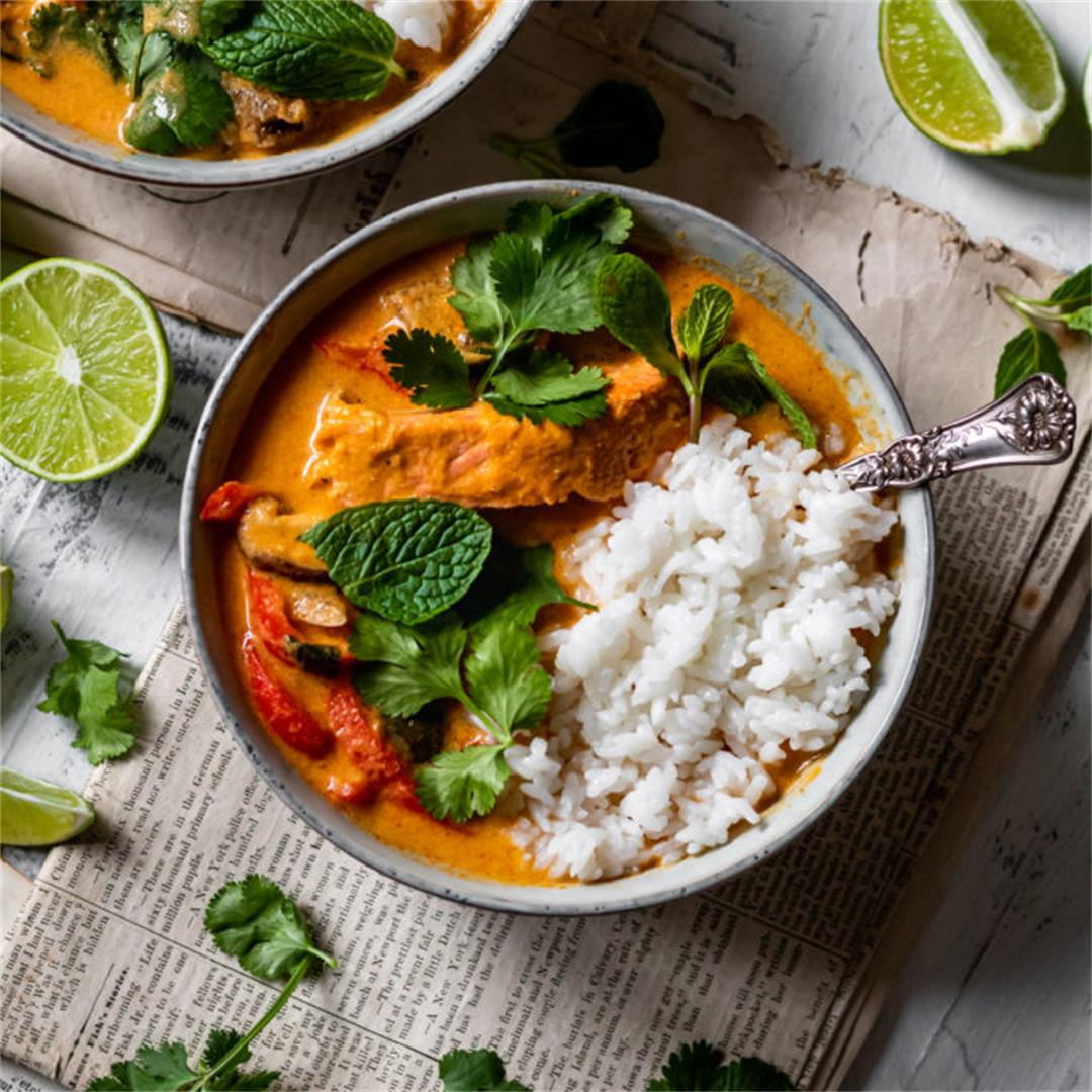 Thai Red Curry with Salmon - Cooking Therapy