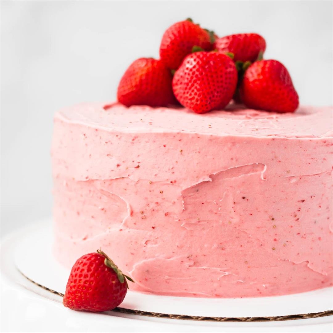 Strawberry Cake with Strawberry Frosting