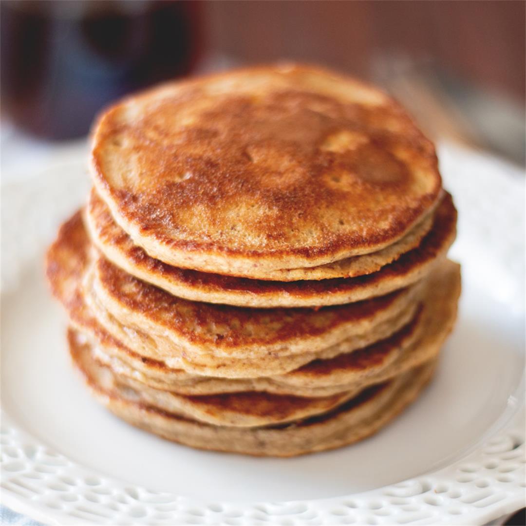 Easy Apple Banana Pancakes