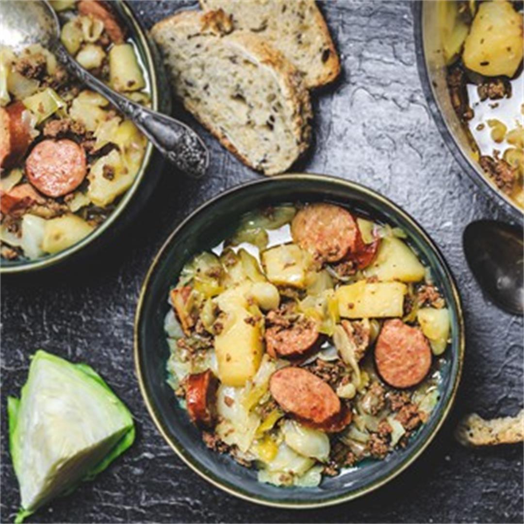 German Hunter Cabbage Stew Recipe - Jägerkohl