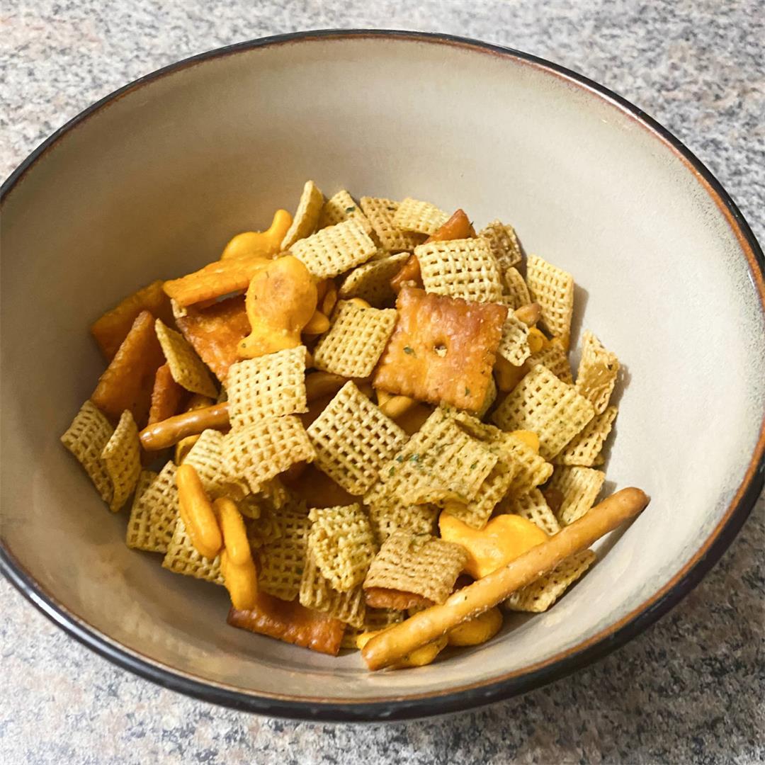 Cheesy Chex Mix