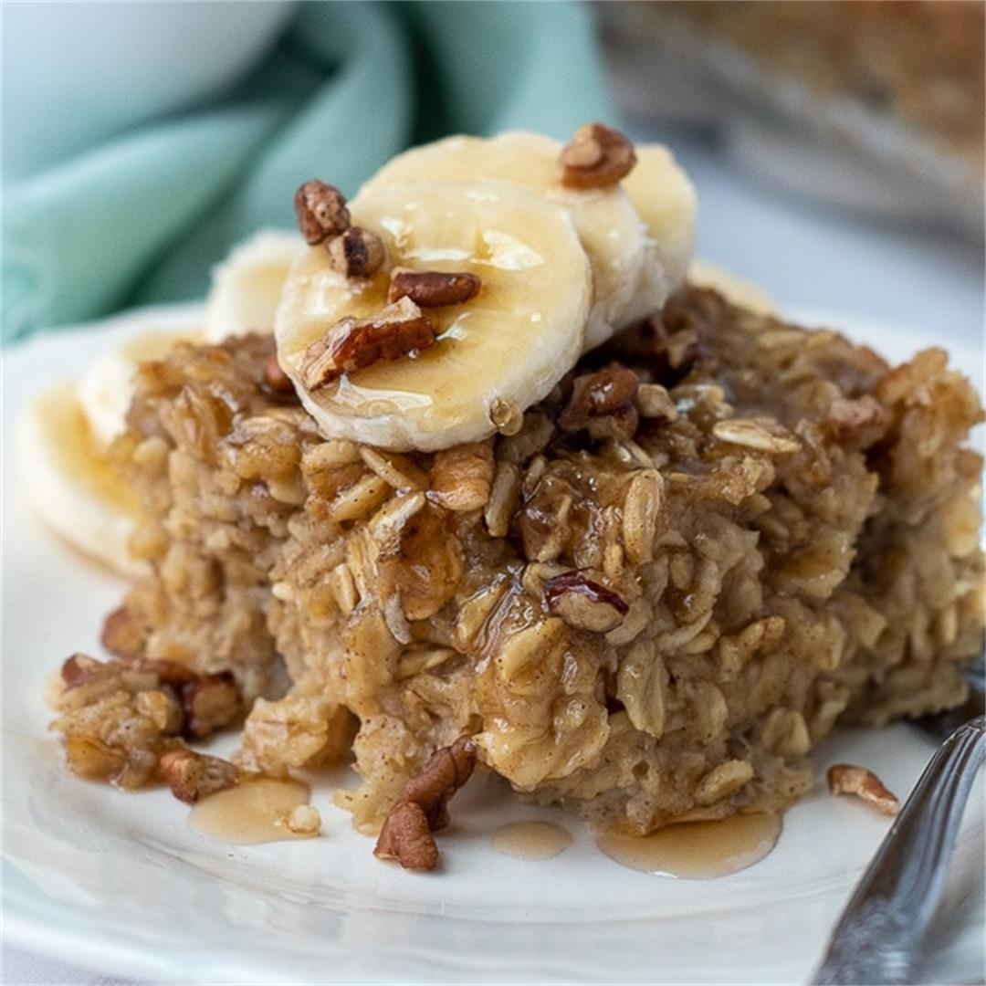 Easy Banana Baked Oatmeal