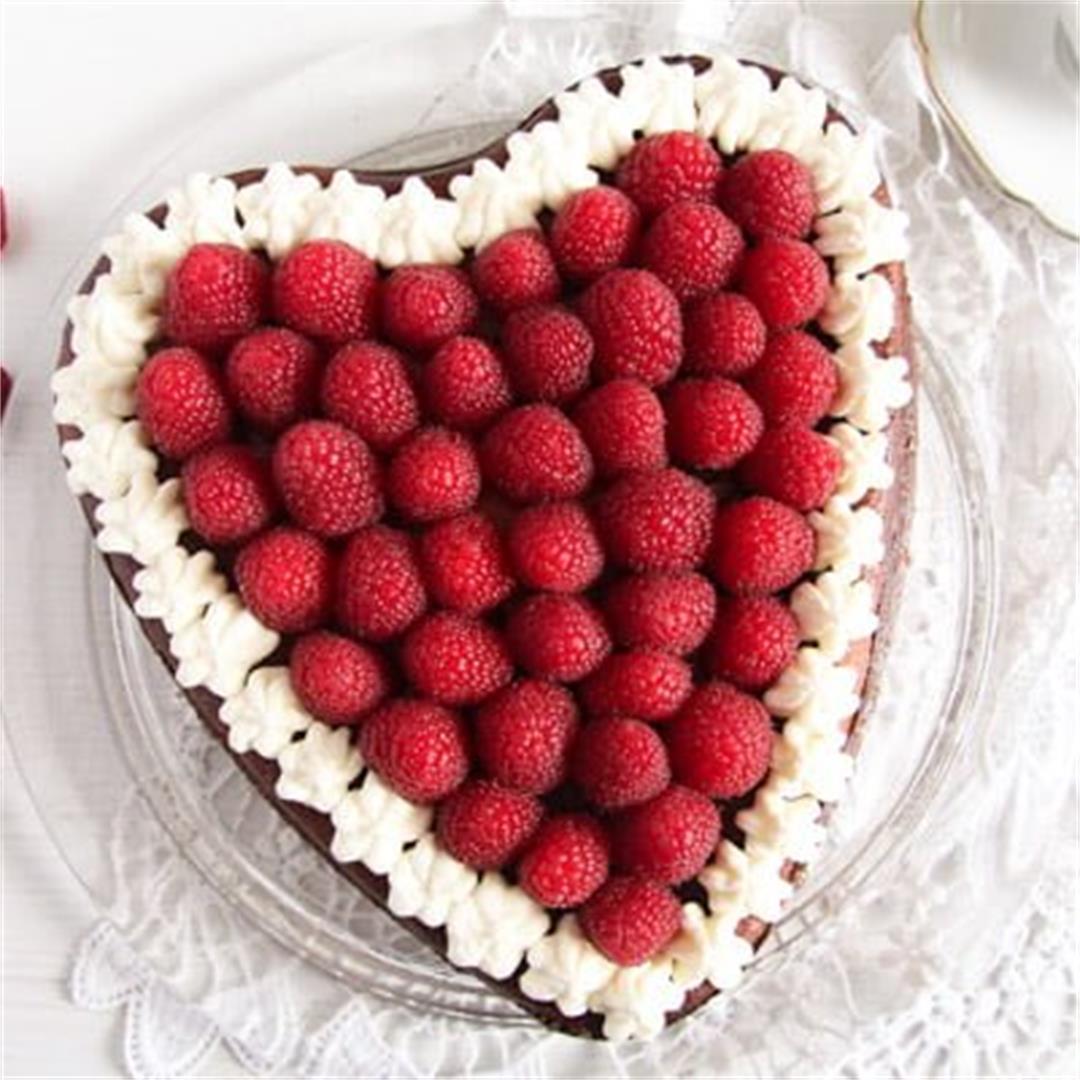 Heart-Shaped Cheesecake – Valentine's Day Cake