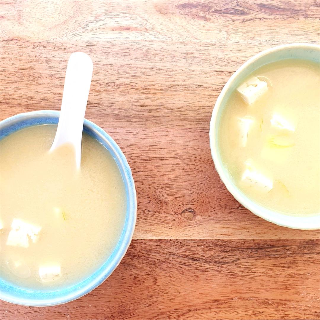 Miso Soup with Ginger & Tofu