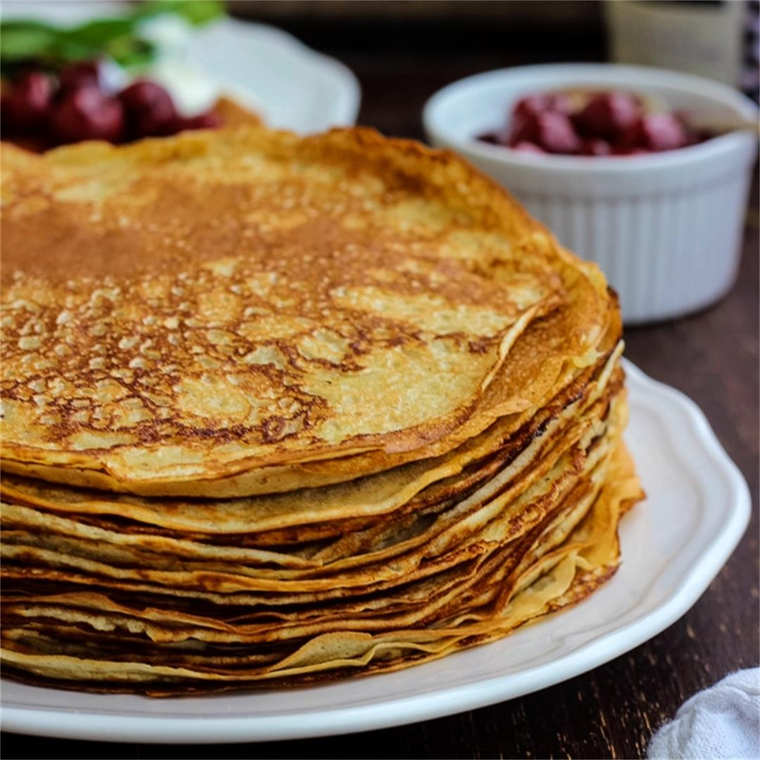 Traditional Russian Pancakes (Blini)