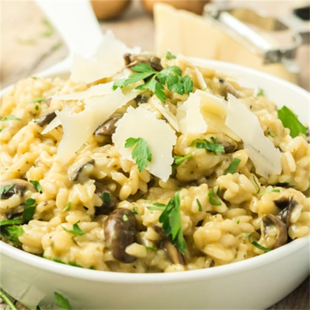 Easy Mushroom Risotto Recipe (side or main dish!)