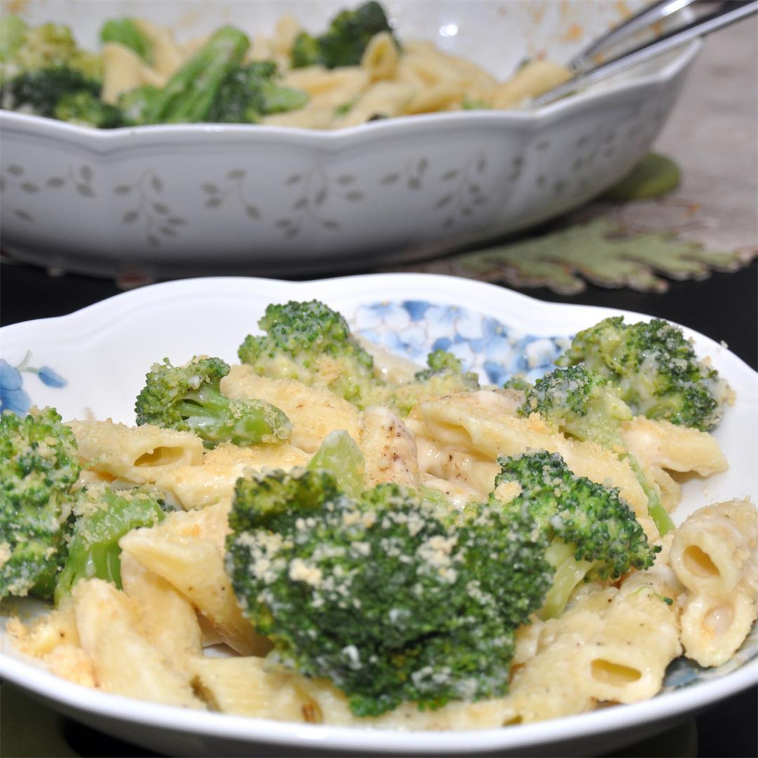 Baked Broccoli Pasta with White Sauce in Instant Pot