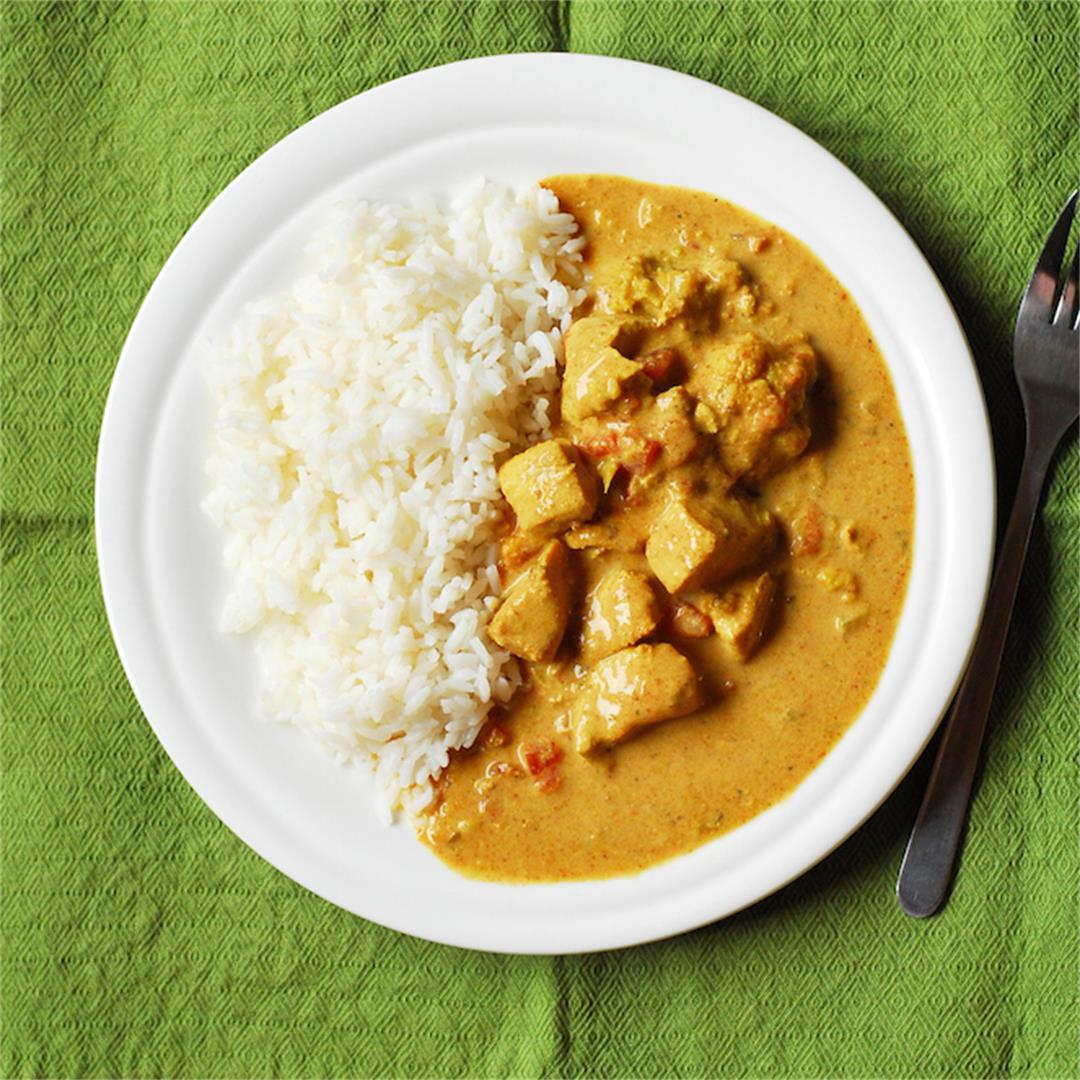 Crockpot Coconut Chicken & Veggie Curry