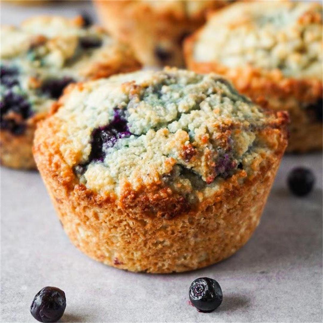 Easy keto blueberry muffins