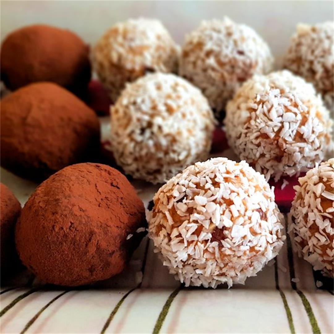 carrot cake energy balls