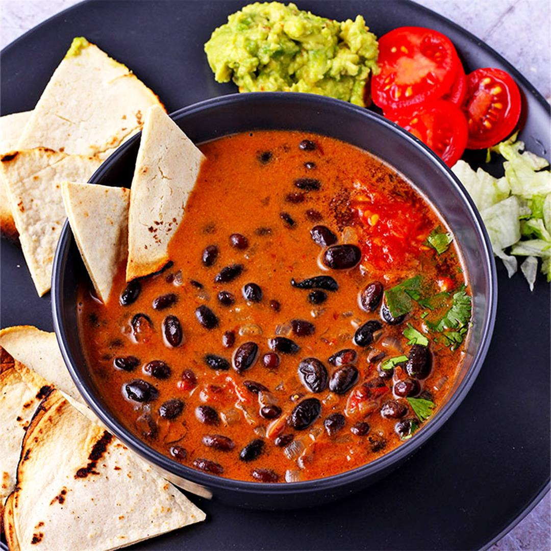 Saucy chipotle black beans: insanely simple and delicious