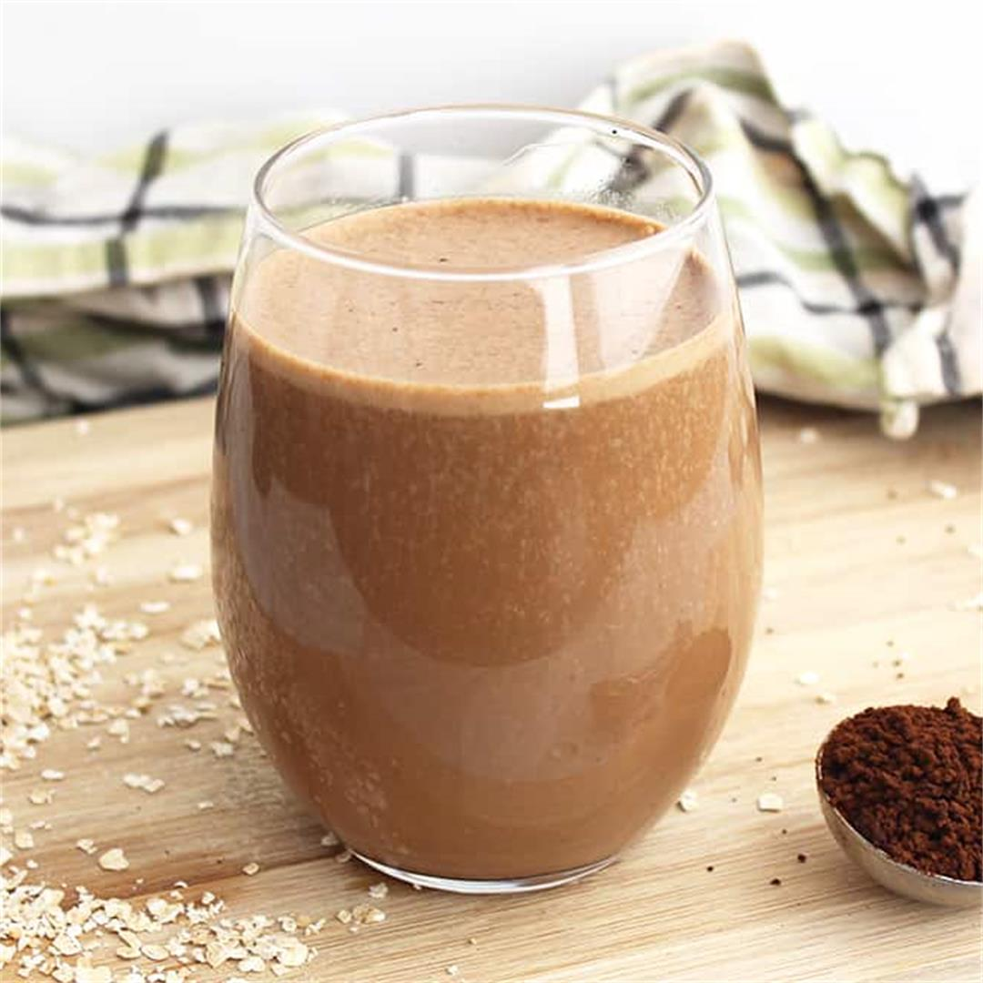 Coffee Smoothie with Banana and Oats