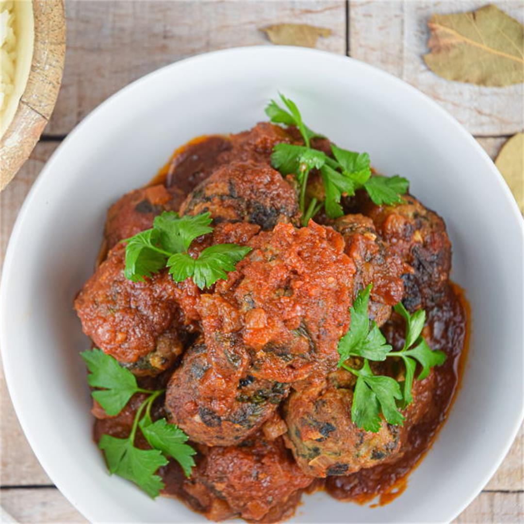 Freezer Meal: Turkey and Mushroom Meatballs with Tomato Sauce