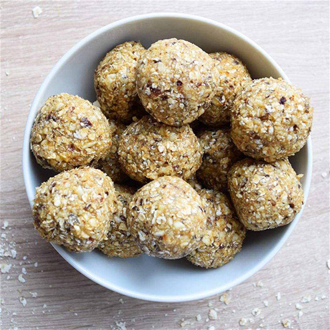 A&D Kitchen Cashew Energy Balls
