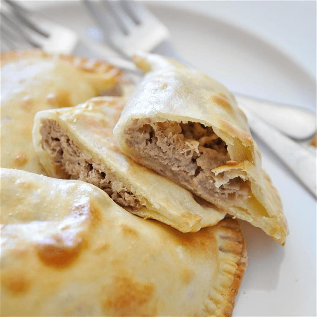 Easy 3-INGREDIENT Tuna Melt EMPANADAS Recipe