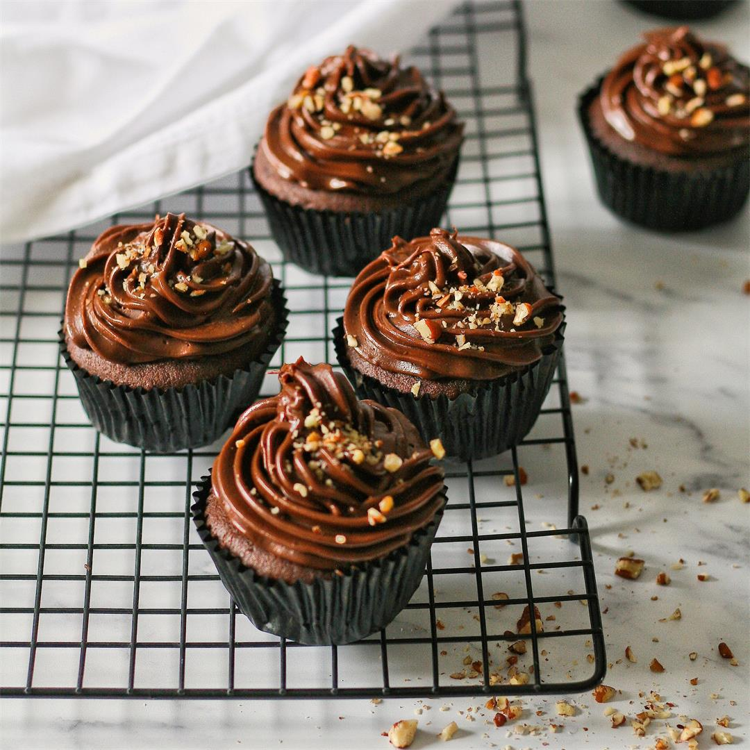 Chocolate and peanut butter ganache cupcakes