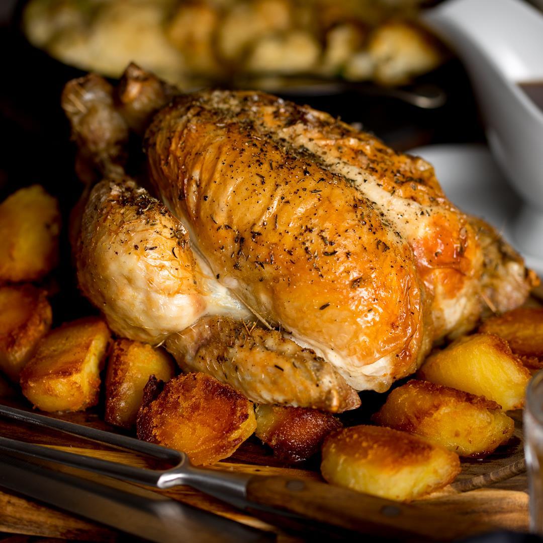 Easy Roast Chicken and Rich Gravy
