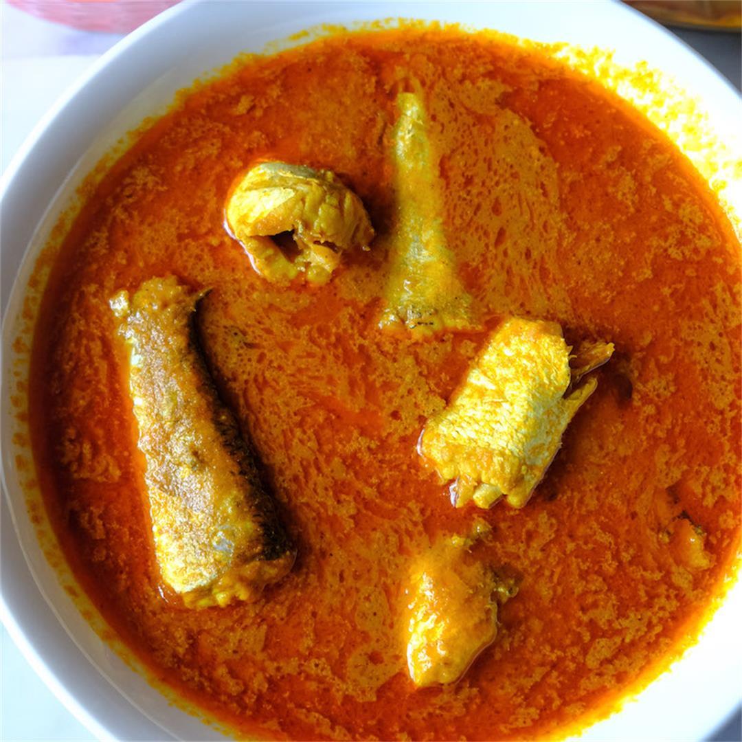 Easy Fish Curry Recipe #Fishcurry #meenkuzhambu