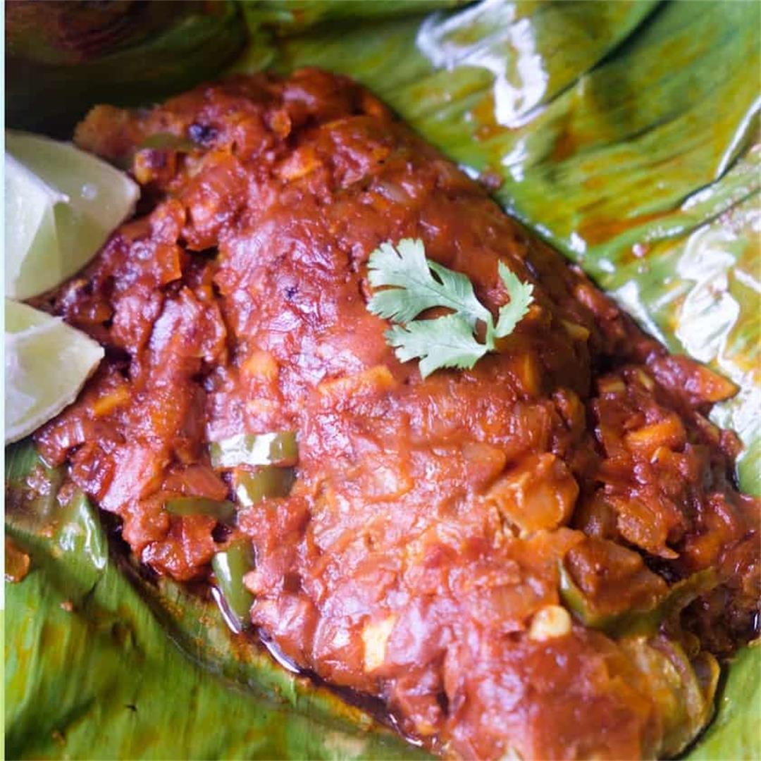 Meen pollichathu (Fish Roasted in banana leaf)