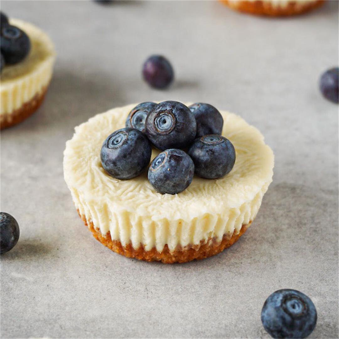 Easy keto cheesecake bites